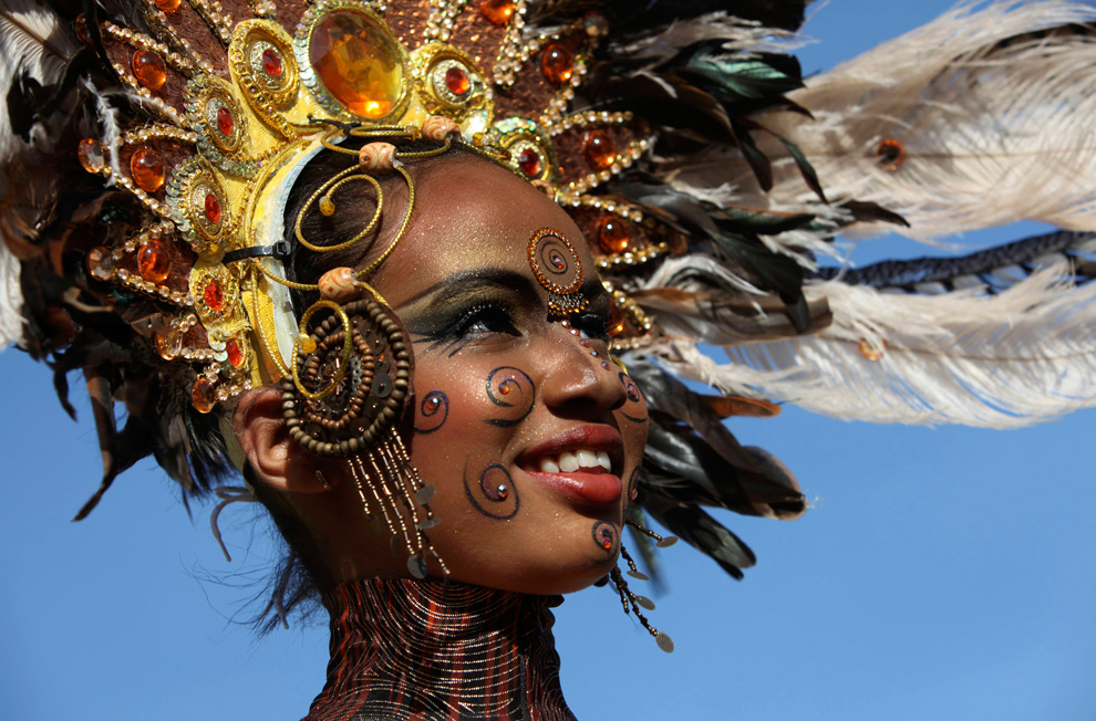 YES - we will see the Carnaval!!