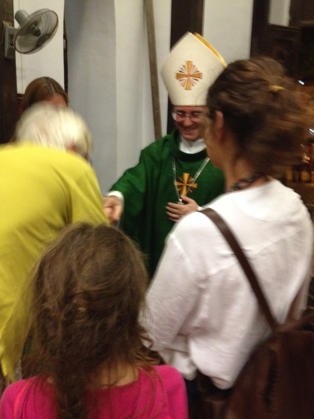 Dante got to greet him personally and introduced me and Lili. He wished us all 'Buone Vacanze'!