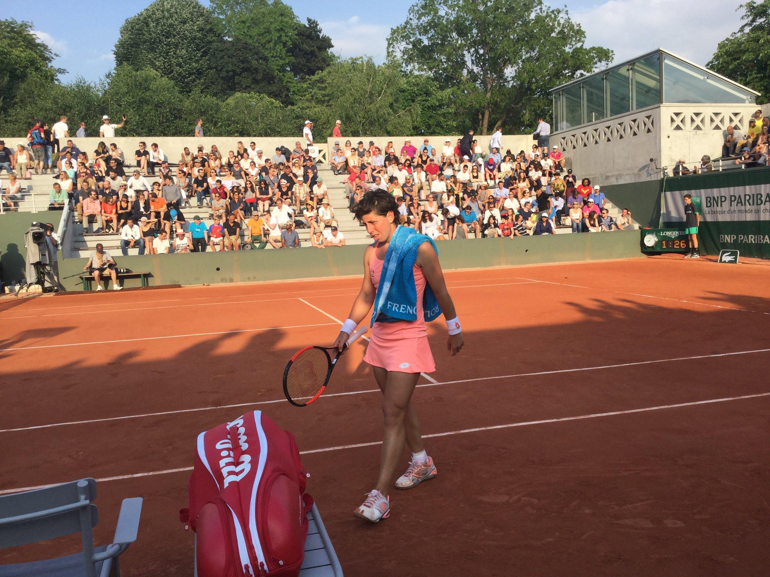 Then we saw Spain's Carla Suarez Navarro win her game against Roumanian Sorana Cirstea.