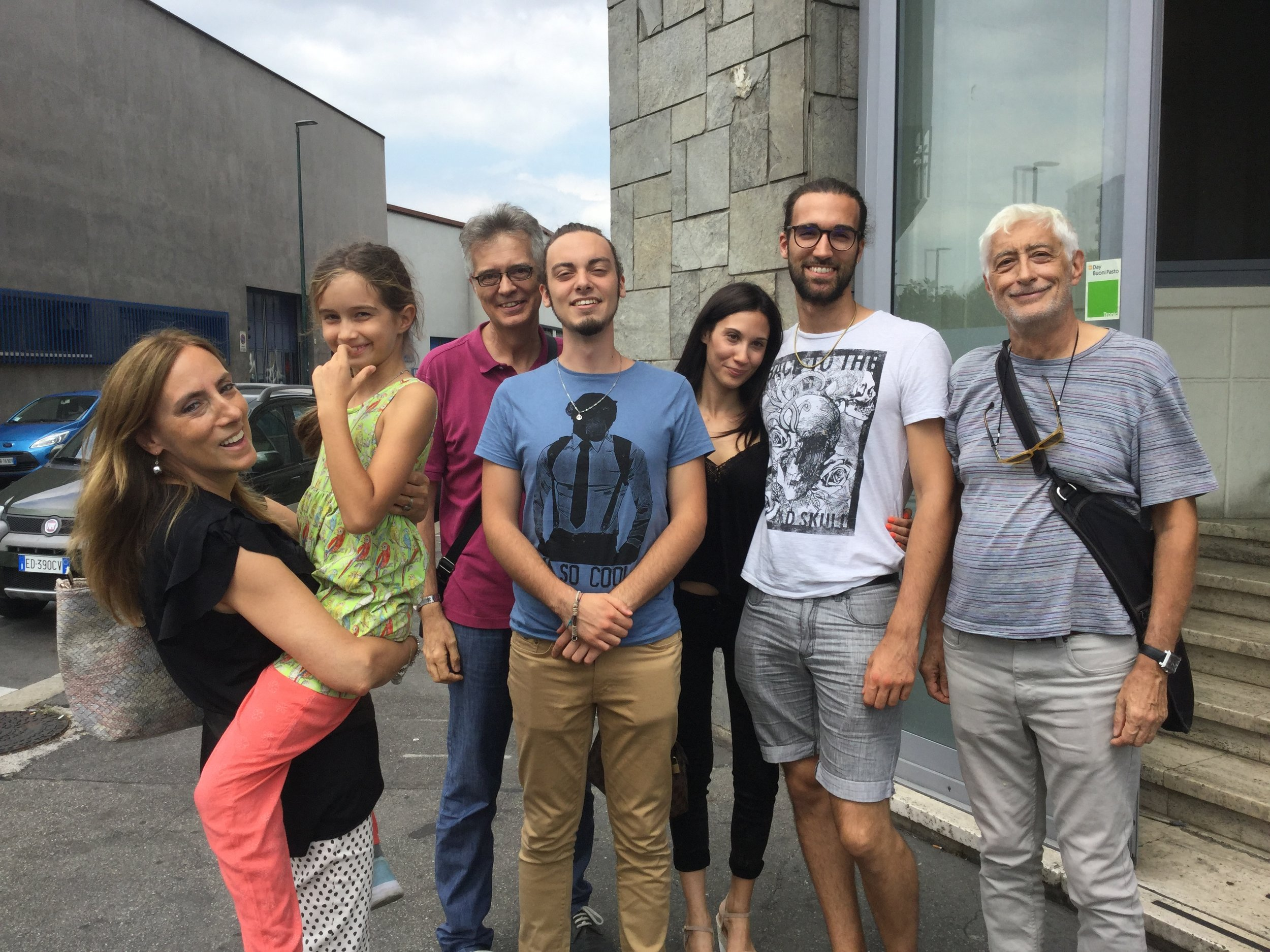 Believe it or not we went to have some sushi in Torino and it was great. Here we are with our bellies full! Lidia with Lili, Manuel, Giuliano, Sonia, Amedeo and Dante.