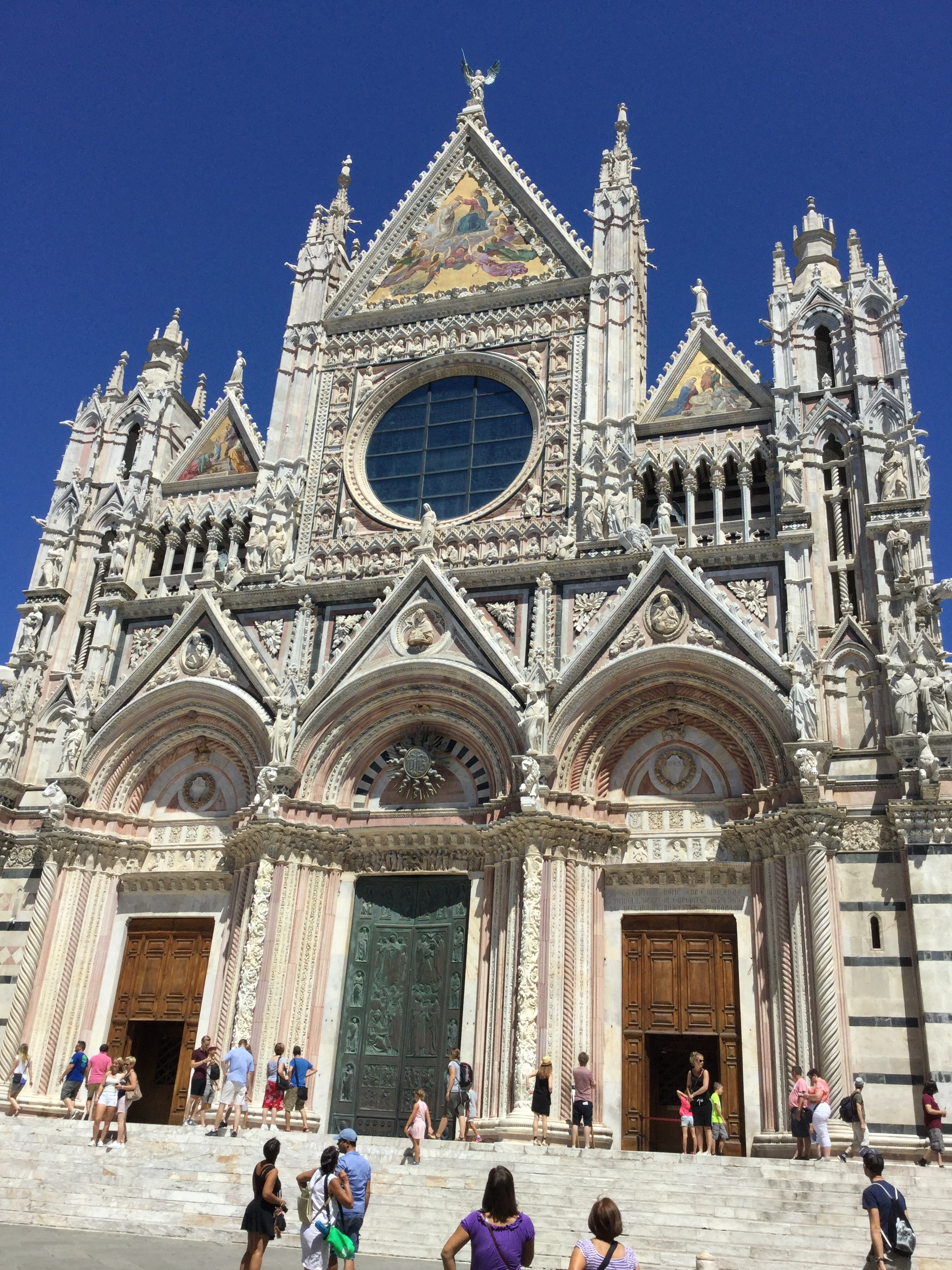 Siena also has a beautiful, huge and unfinished cathedral.