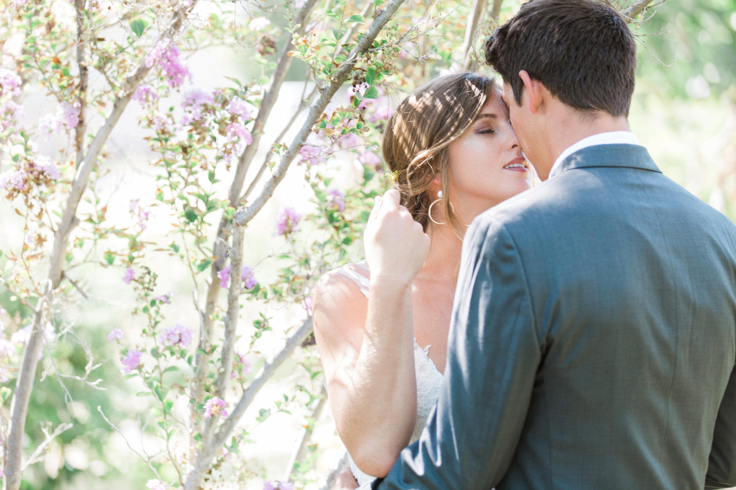 Riverside backyard Wedding photographer Leah Vis  (1).jpg