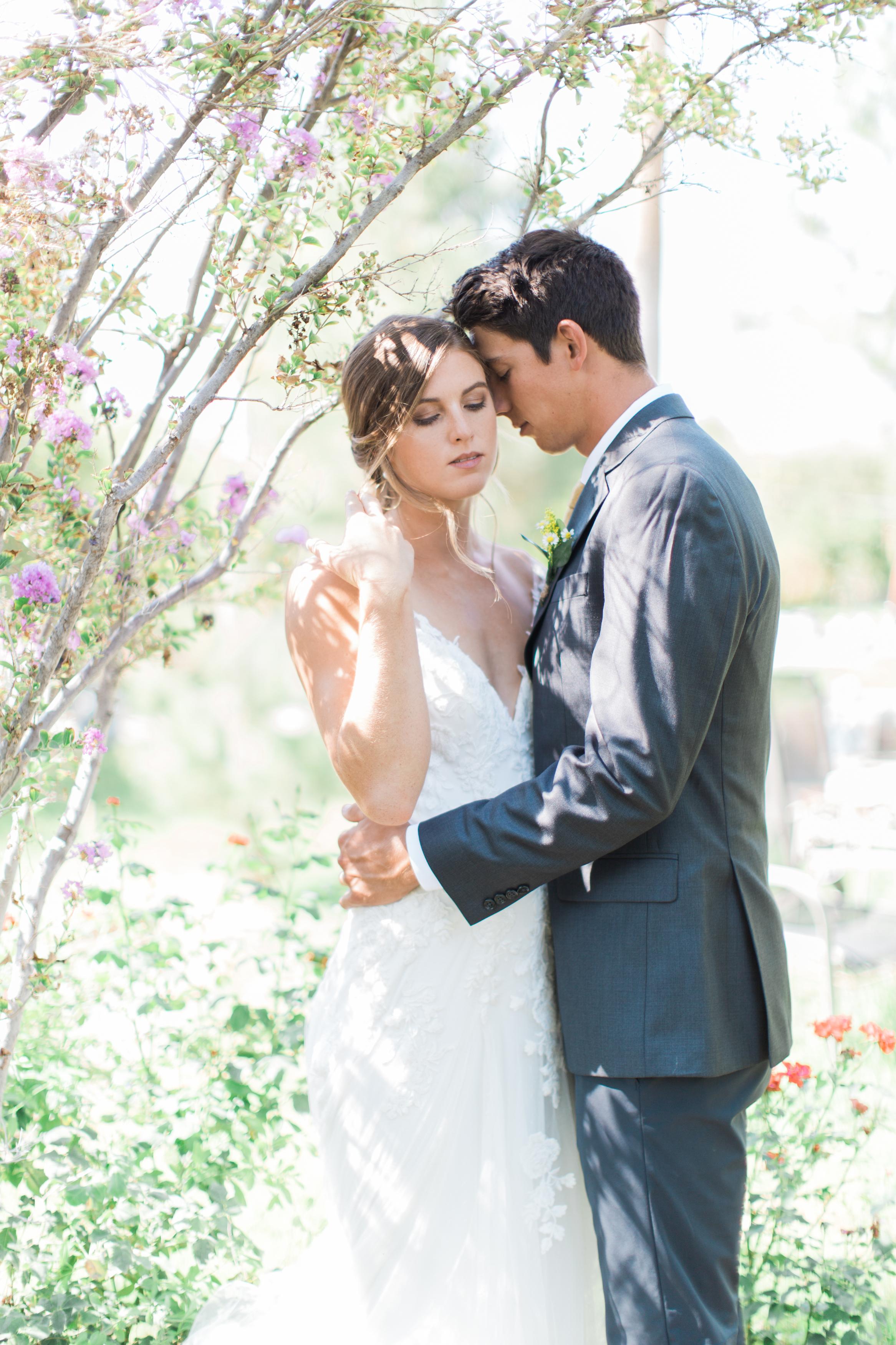 Riverside backyard Wedding photographer Leah Vis .jpg