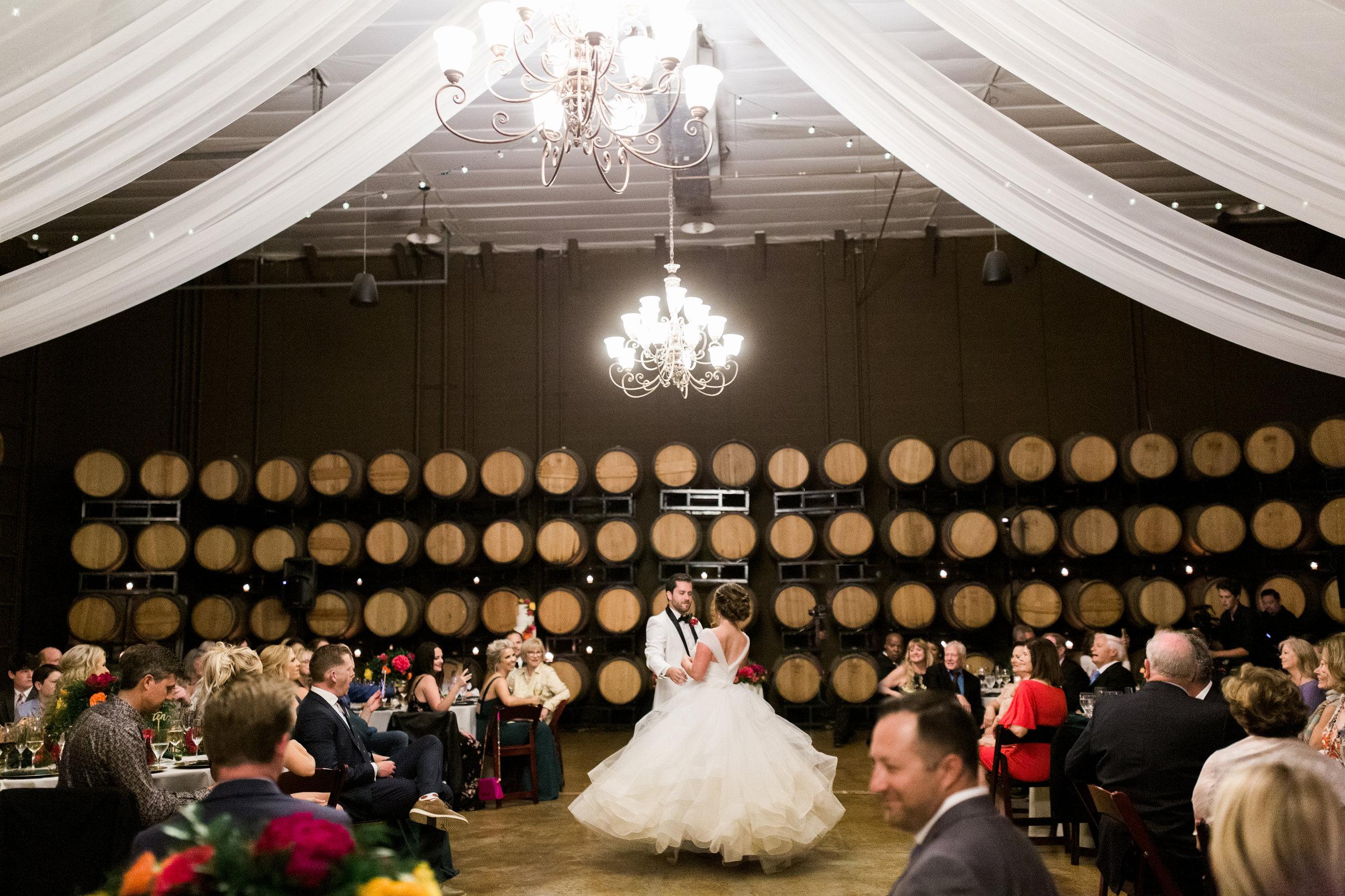Leoness Cellars Winery Wedding Photographer Leah Vis  (5).jpg