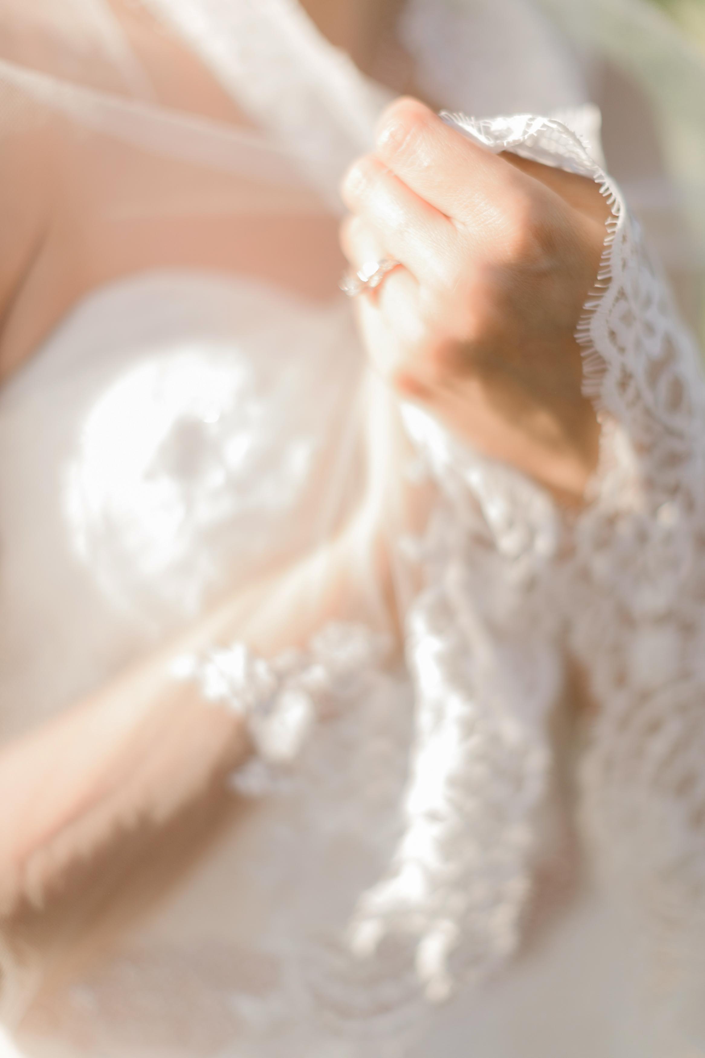 Falkner Winery Wedding Photographer Leah Vis .jpg