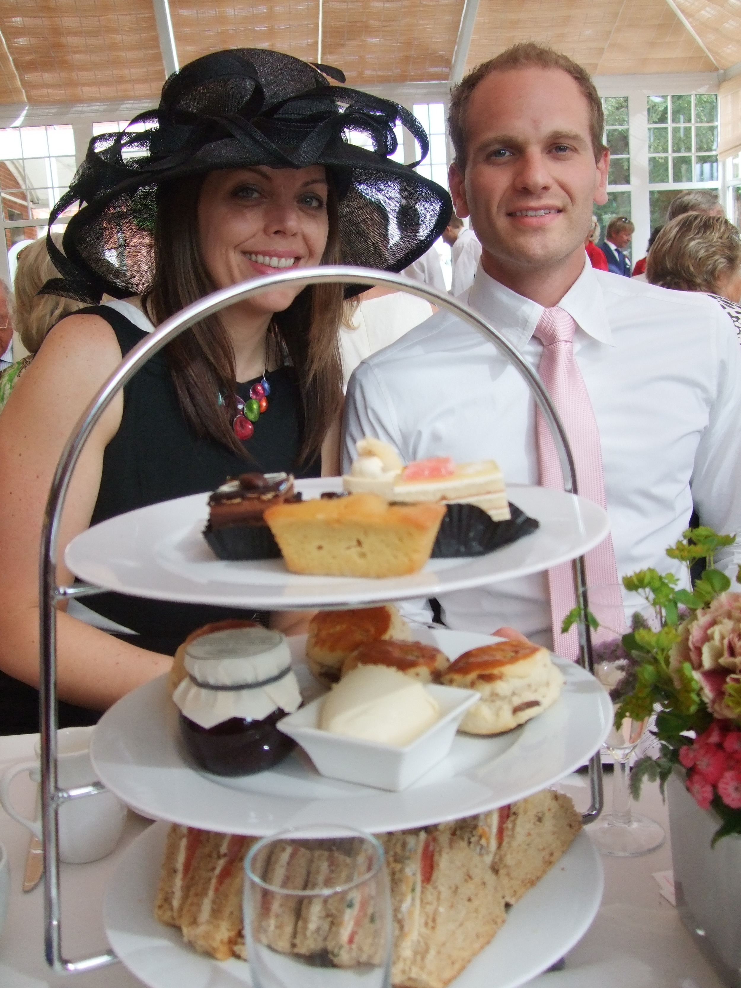 Paula & Perry, fans of afternoon tea.
