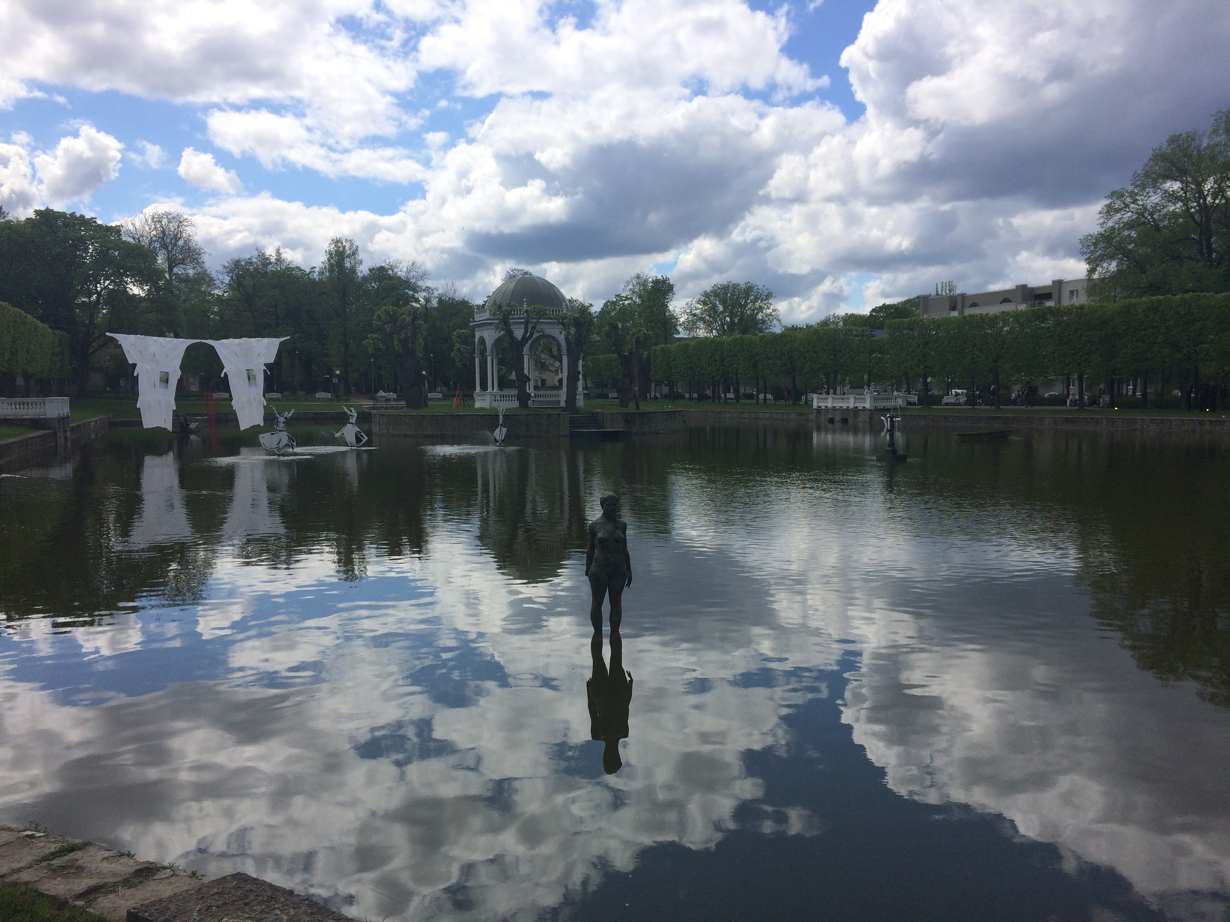 Interesting art in Kadriorg Park