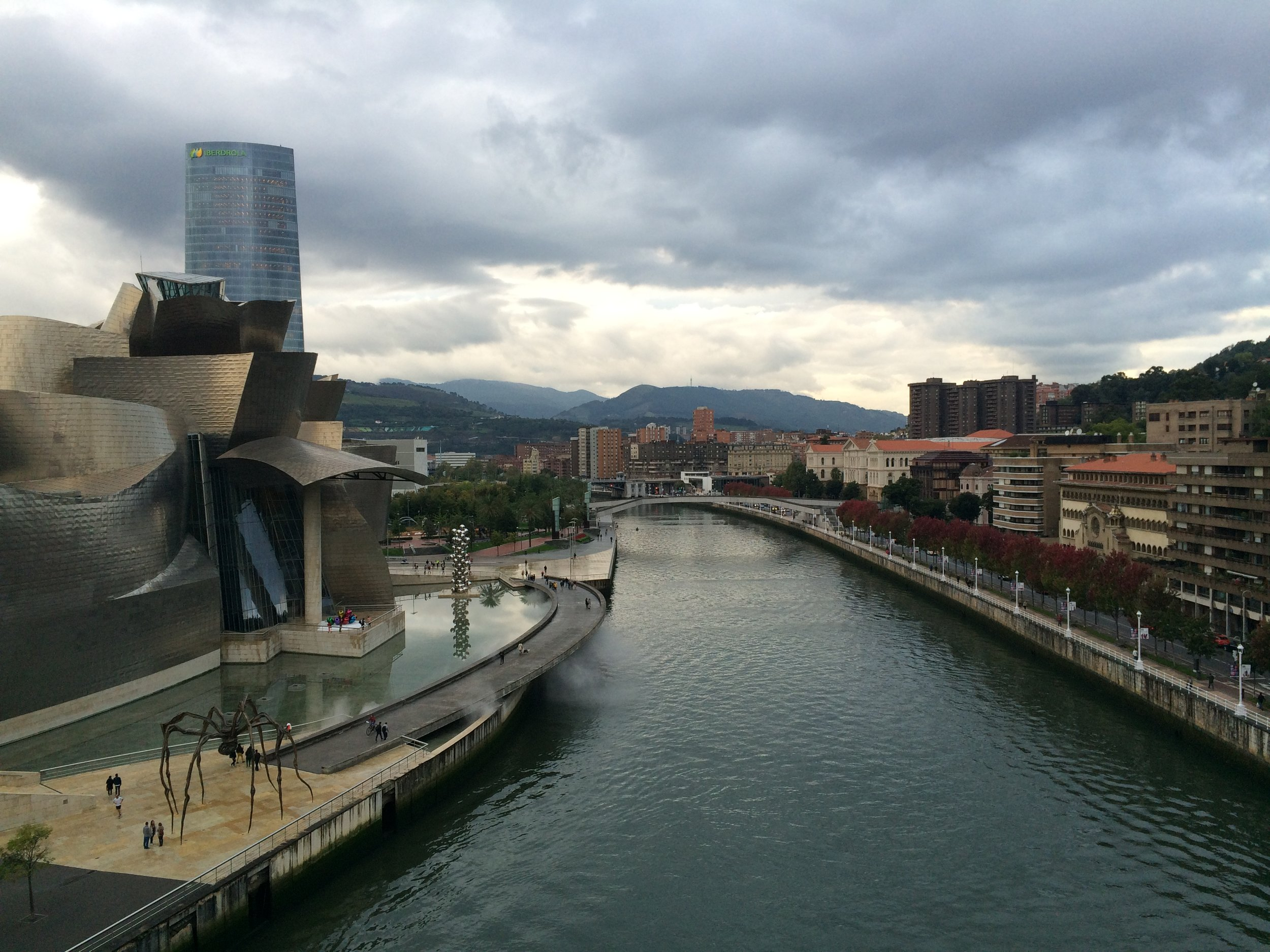 Nervion riverfront and Guggenheim Museum