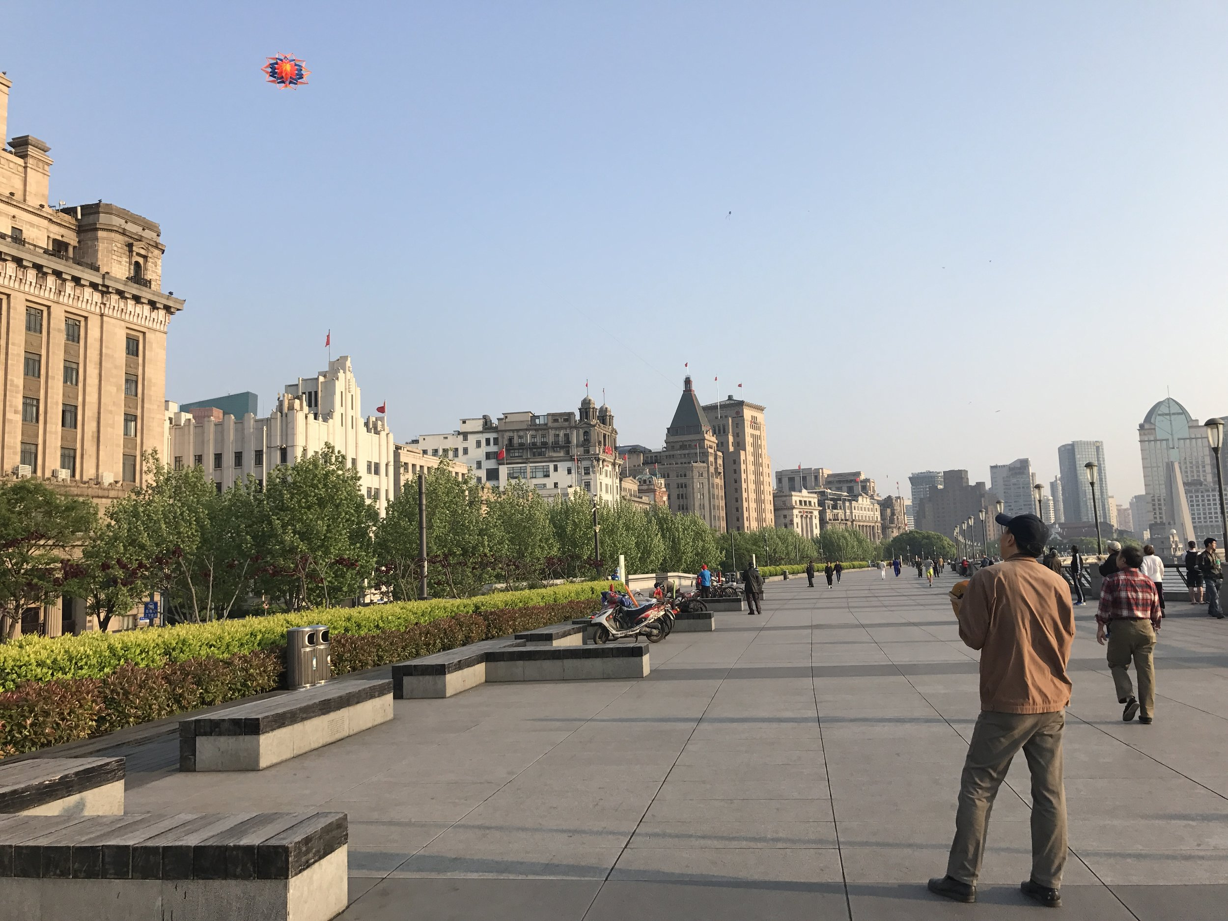 Early morning on the Bund