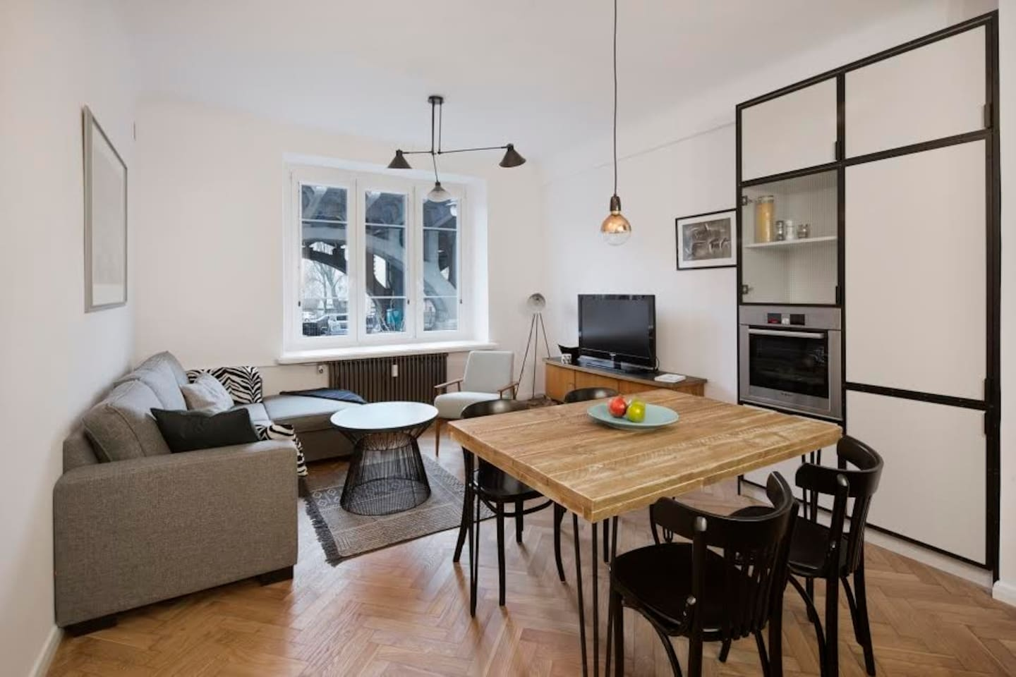 Thoughtful design and high quality furnishings in Warsaw, Poland