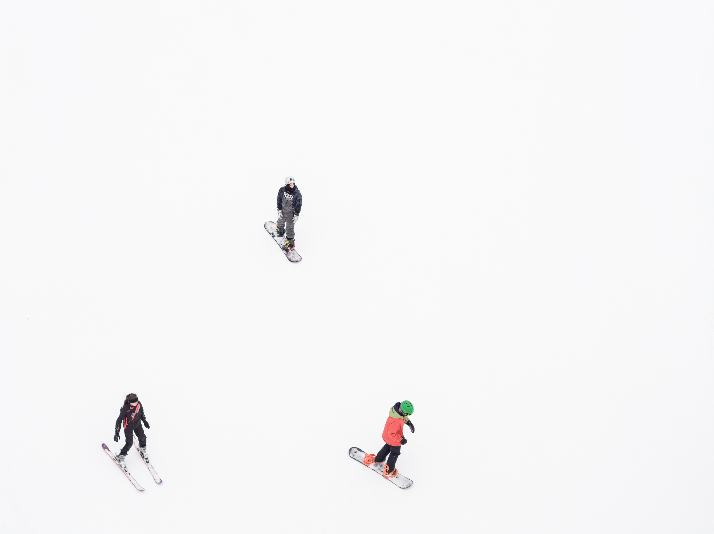 180310_SkiingDrone_0341T.JPG
