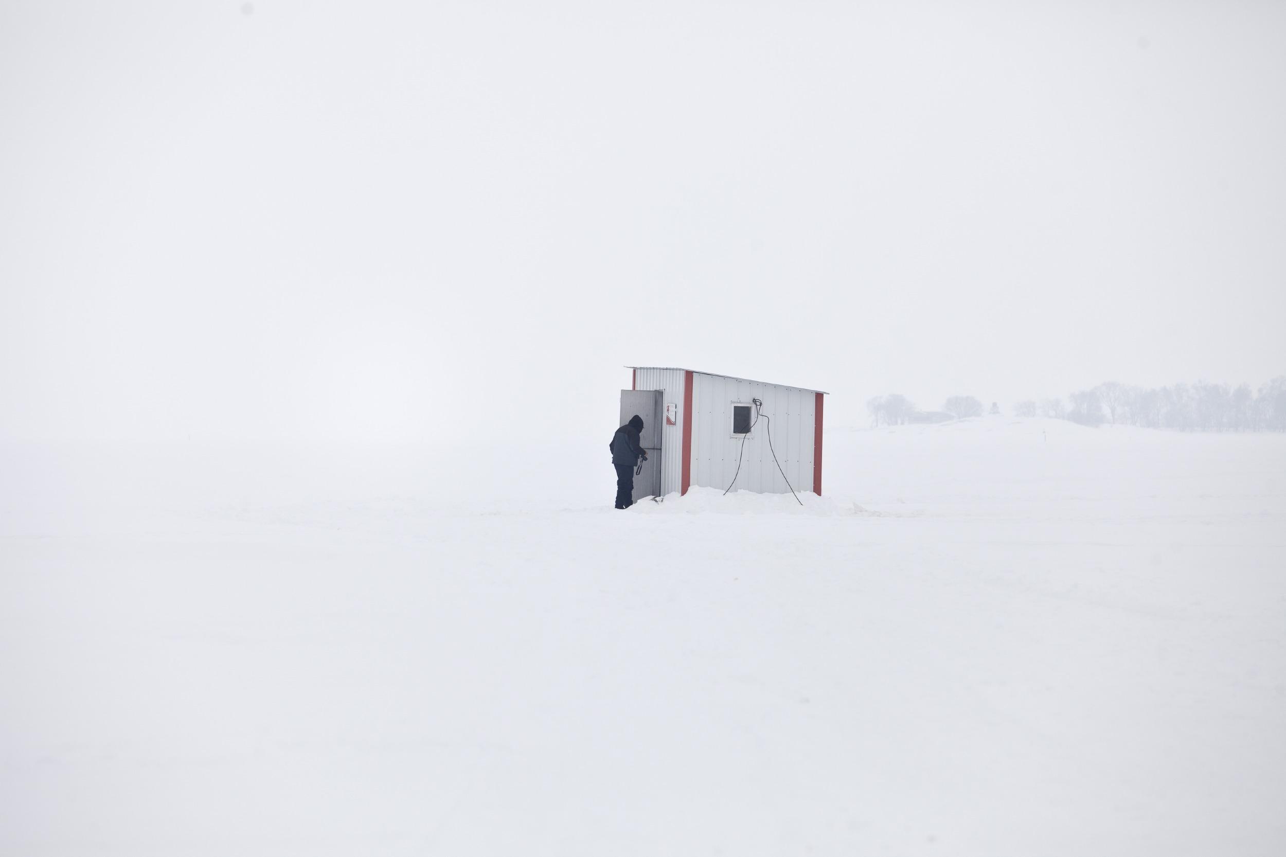IceFishing_PopularMechanics_25.JPG