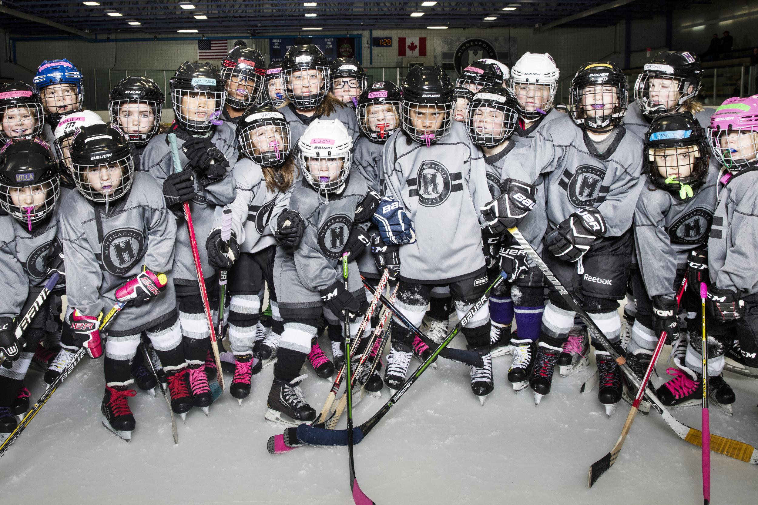 181117_MplsHockey_0421T.JPG
