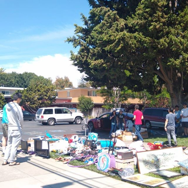 Garage Sale was a success one 👌 Thanks so much for those who helped out :)