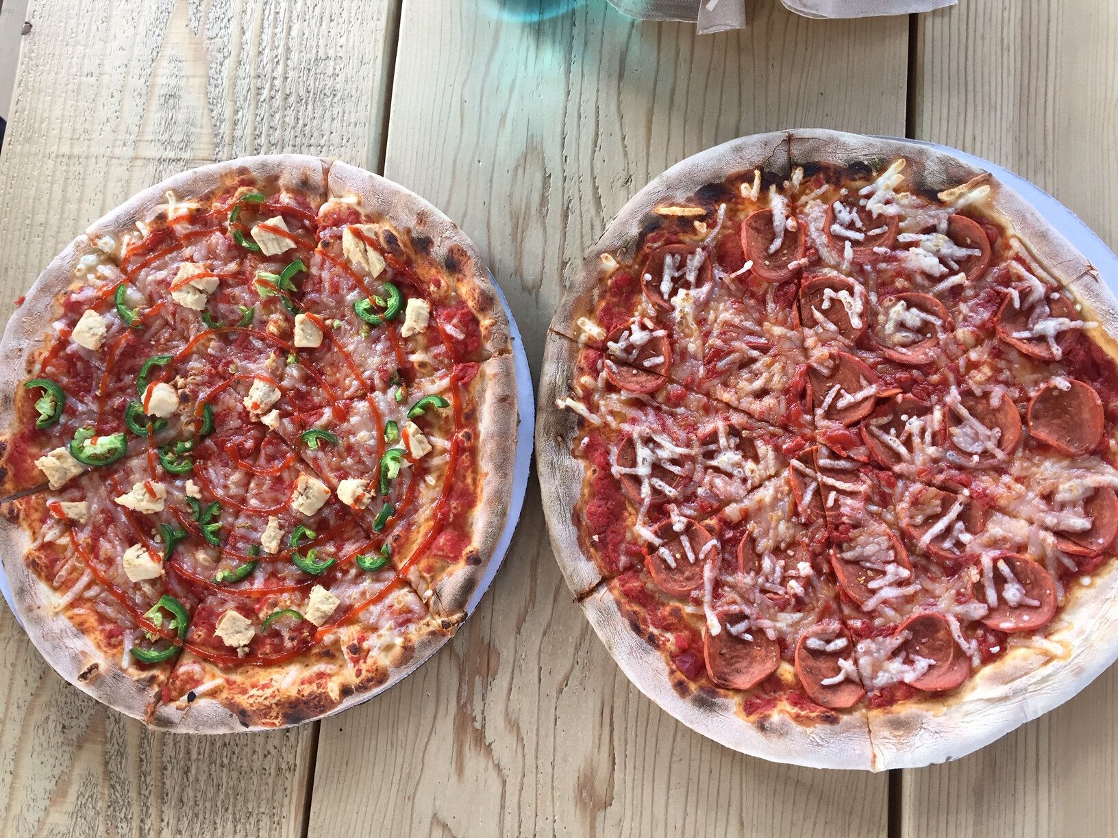 Vegan pizzas from Freak Brothers