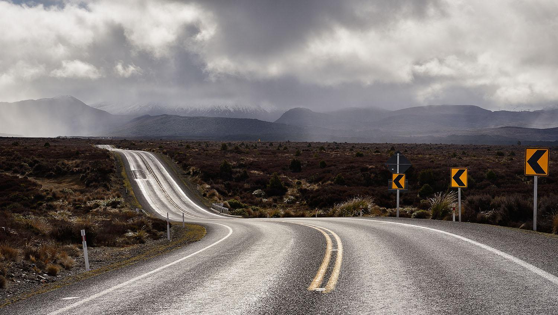 10_Desert Road.jpg