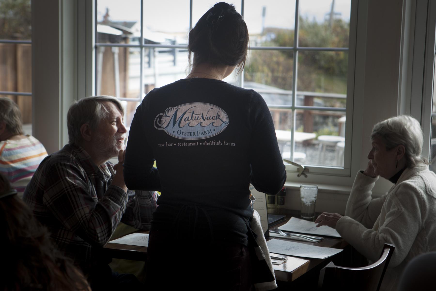 Waitress & Customers