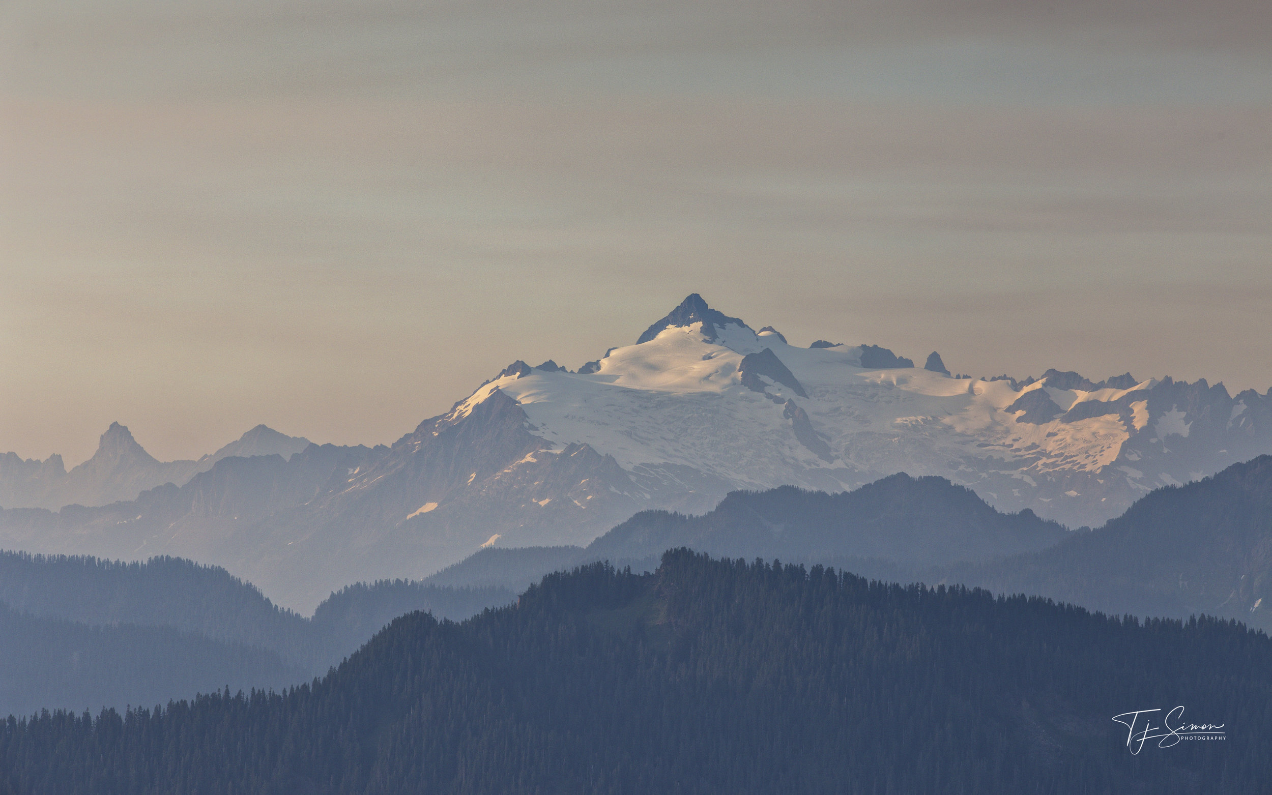 The south side of Mt Shuksan