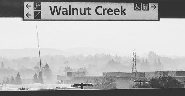 Just a little smoky this morning #smoke #walnutcreekca #bart #cafires