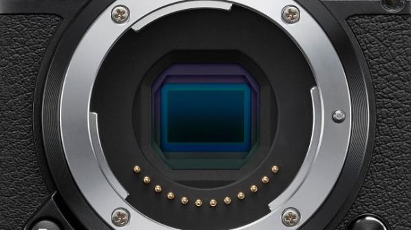 The Nikon 1 J5's CX sensor