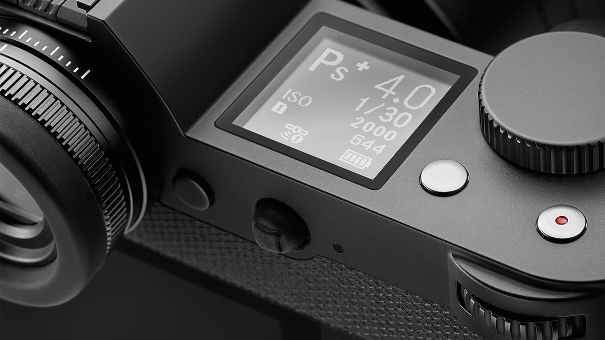 Leica SL top deck. You can see the clean layout, clear reverse illumination LCD and comprehensive diopter correction