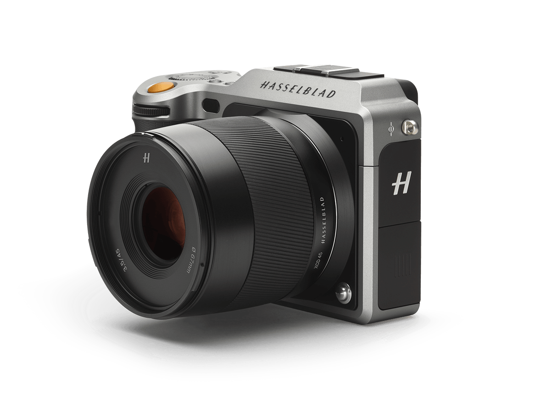 Hasselblad's X-1D, medium format writ compact