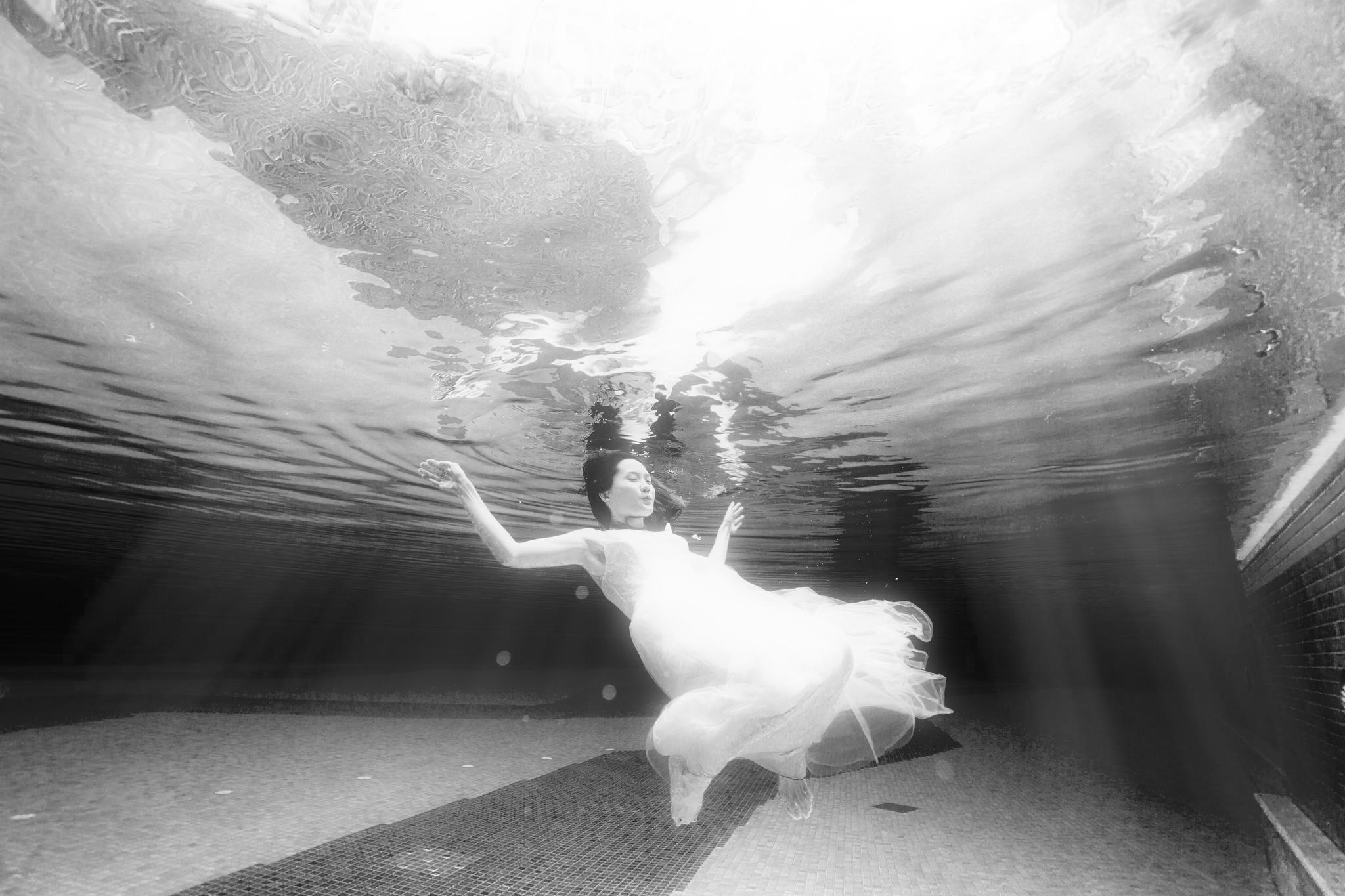 Joey & Amily Underwater  (41 of 50).JPG