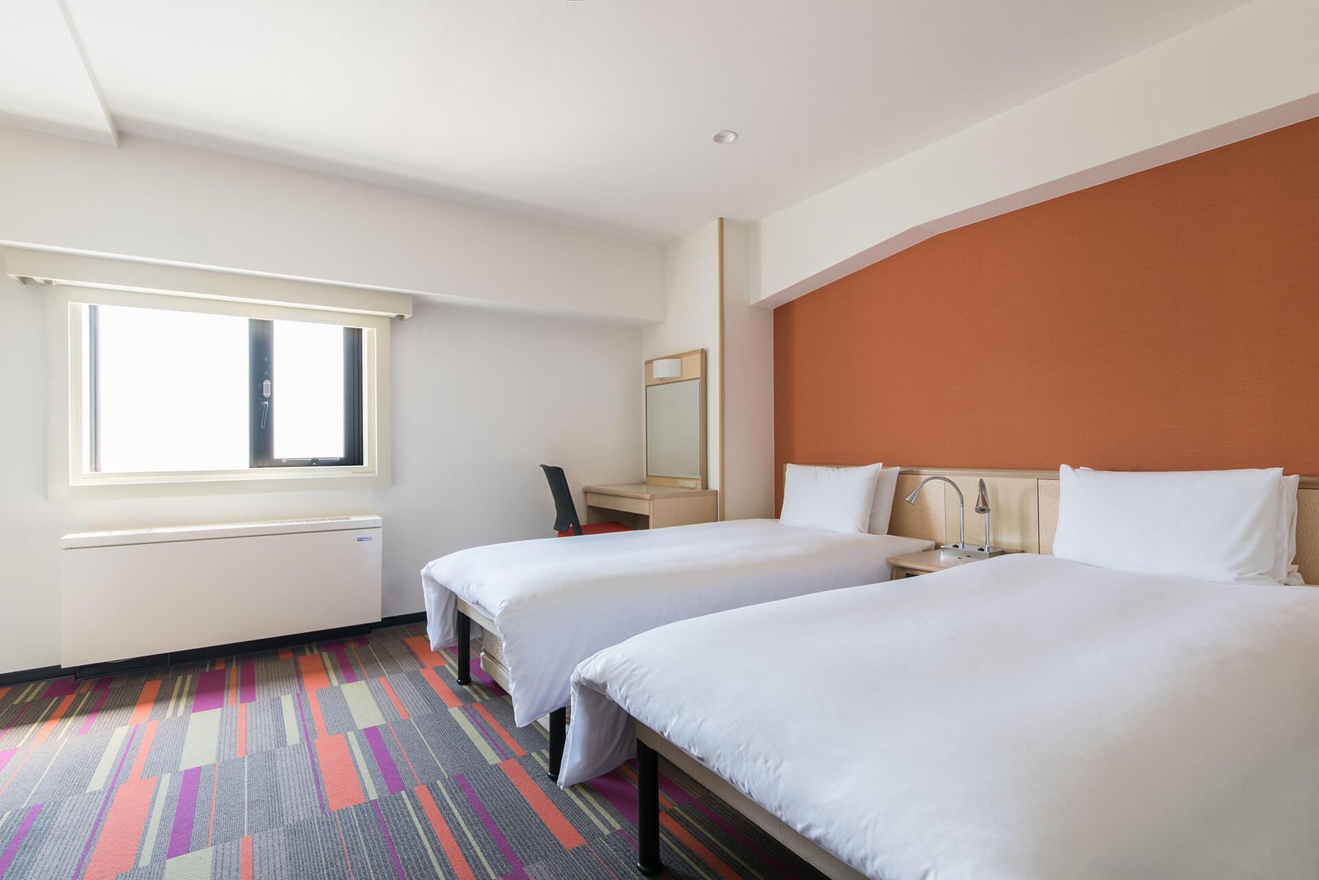 theb_sangenjaya_guestroom2.jpg
