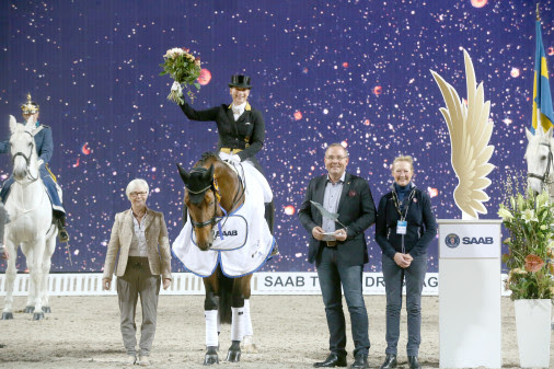 Left to right: Patrik Kittel (SWE), Isabell Werth (GER), Helen Langehanenberg (GER), Håkan Buskhe (CEO Saab), Bo Jenå (chef d'equipe dressage Sweden), Gustaf Svalling (judge by C). Photo: Roland Thunholm