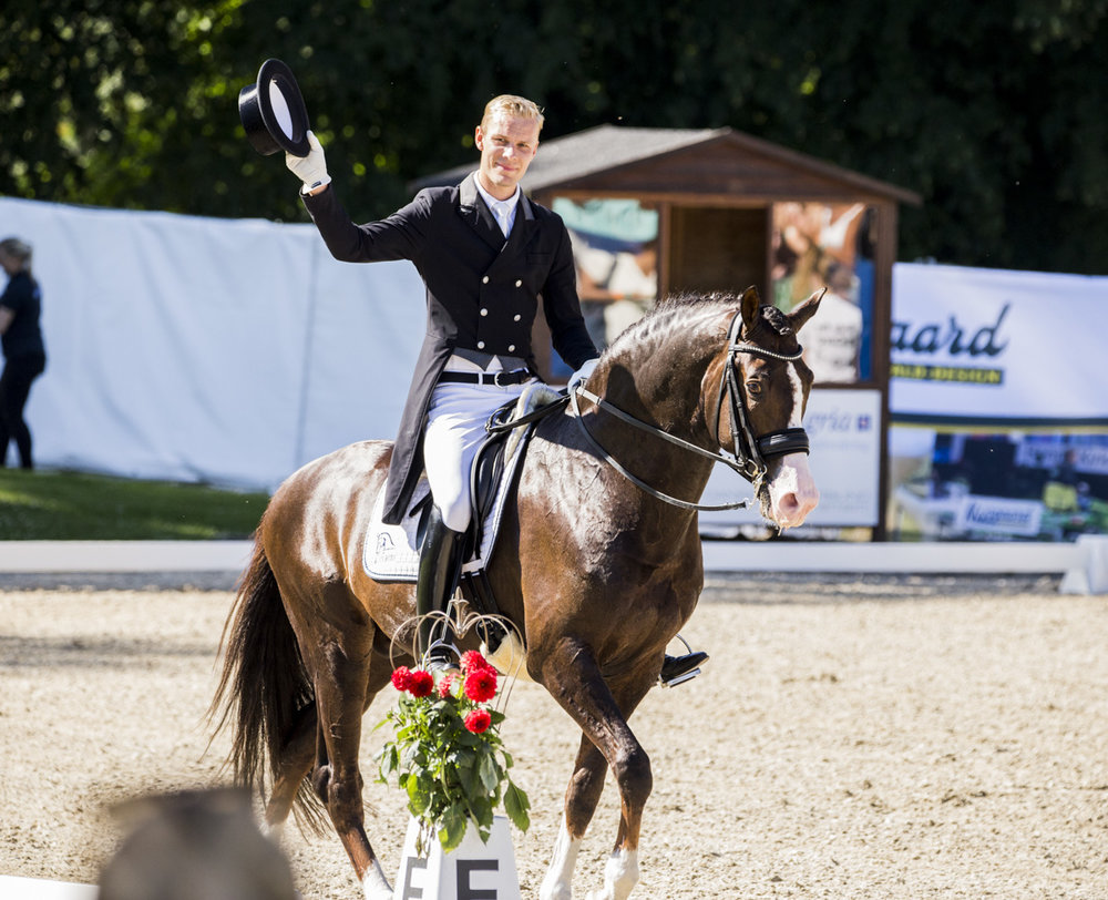 Daniel Bachmann Andersen and Blue Hors Don Olymbrio - photo credit: H2R