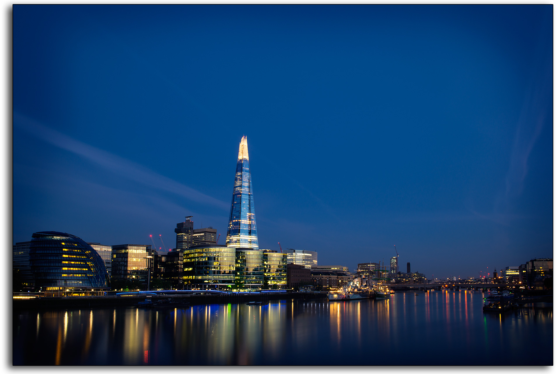 London the shard viewing gallery town hall river thames long exposure lee ramsden professional photographer www.leeramsden.com blue sky illuminations hotel office building.jpg
