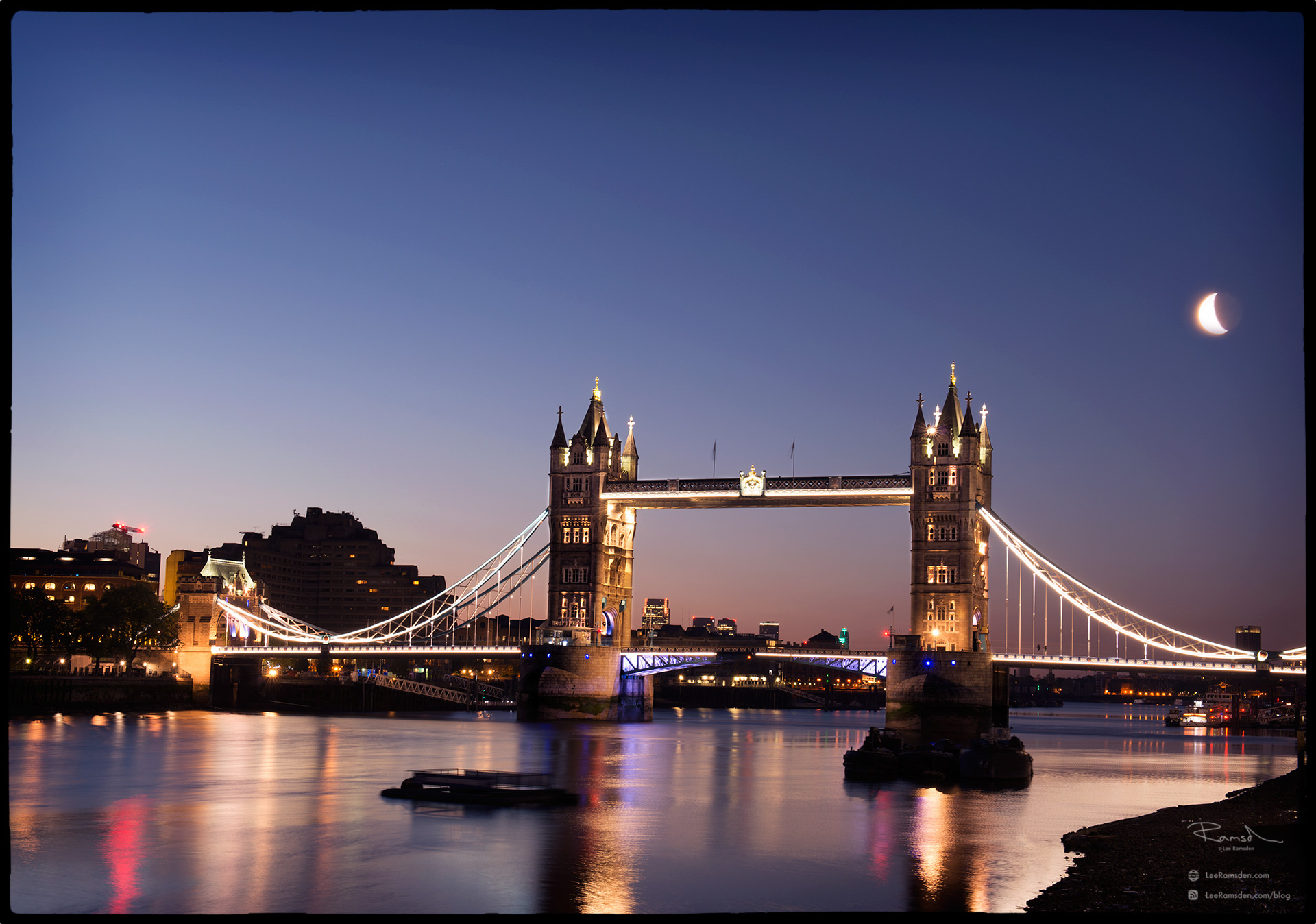 "<img src=""Tower bridge moon.jpg"" alt=""river Thames luna night scene Lee Ramsden blog"">"