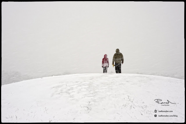 "<img src=""Father and child on the snow"" alt=""Dunstable downs Ciltern Chilterns Lee Ramsden"">"