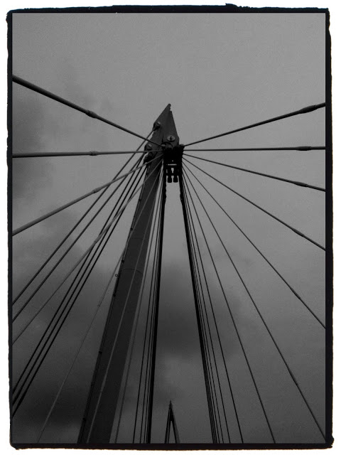 iPhone 3Gs Jubilee bridge London