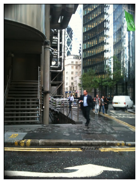 iPhone 3Gs London city banker