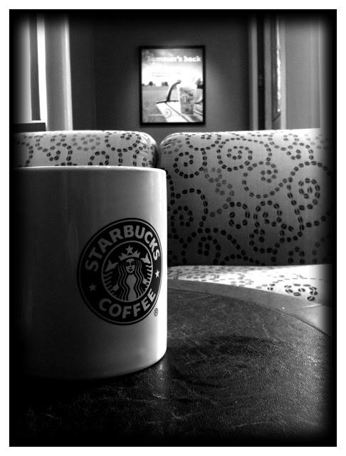 iPhone 3Gs Starbucks coffee cup