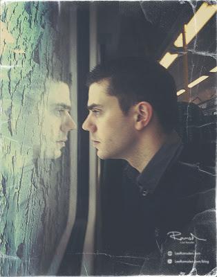 Lee Ramsden self portrait on a train to London