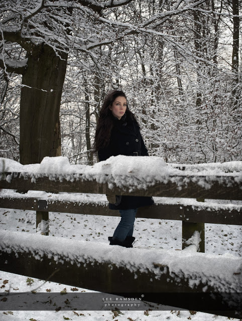 Kelly Moss Ramsden snow outdoor flash light Ashridge Berkhamsted Hertfordshire 02