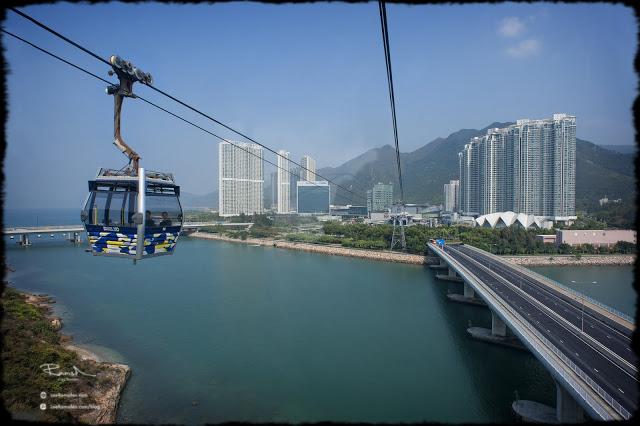 Hong Kong cable car ride