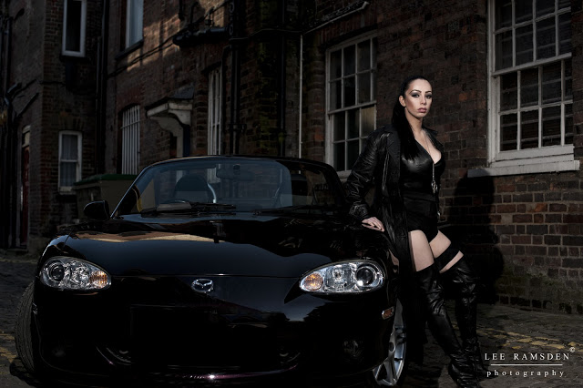 Kelly Moss Ramsden bad cop Mazda MX5 out door flash lighting