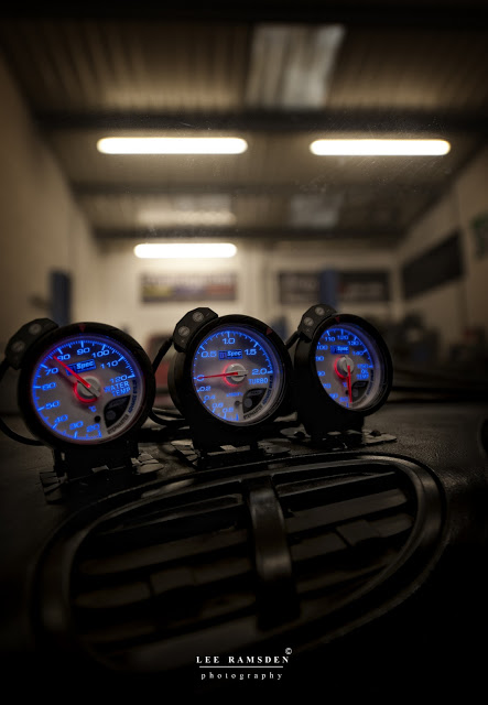 MK garage Milton Keynes turbo gauges