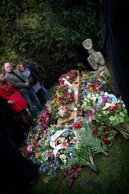 Aimee Pelgrom Funeral Amsterdam flowers rest in piece