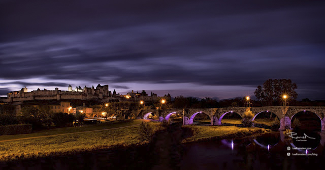 Carcassonne bridge to the caste at dawn