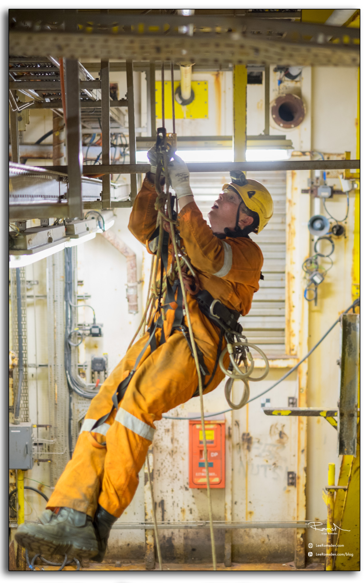 21 SKN electrical abseiler working at height IRATA