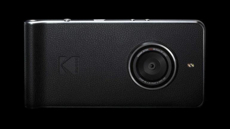 Kodak Ektra iPhone beater 7 vs professional photographer photography telephone smart phone lens f2.0 sony sensor 21mp megapixel traditional style dark room editing andriod