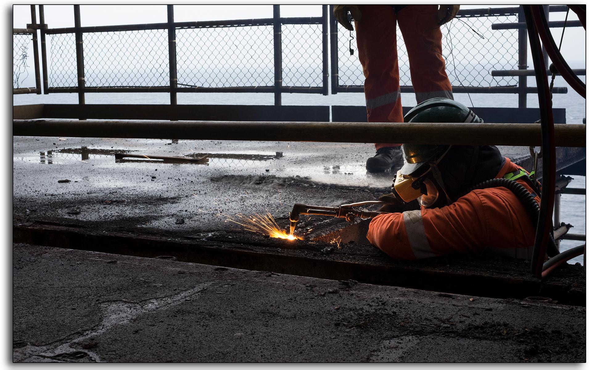 Rig burning, welding, oxygen, acetylene, cutting, BP Miller, Decommissioning, industrial, removal, Saipem, Petrofac, BP, Lee Ramsden, hotwork 03.jpg