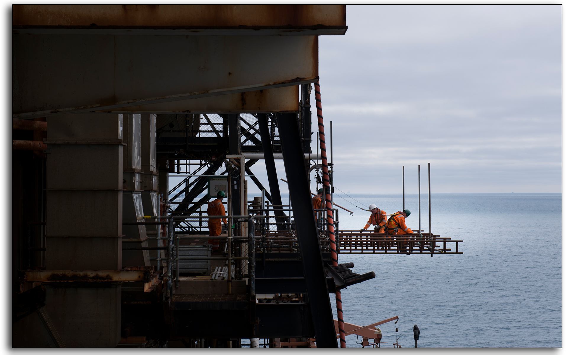 Scaffolders, working at height, contruction, decommissioning, outbaord, scaffolding, BP Miller, north sea, offshore, oil and gas industry, Lee Ramsden..jpg