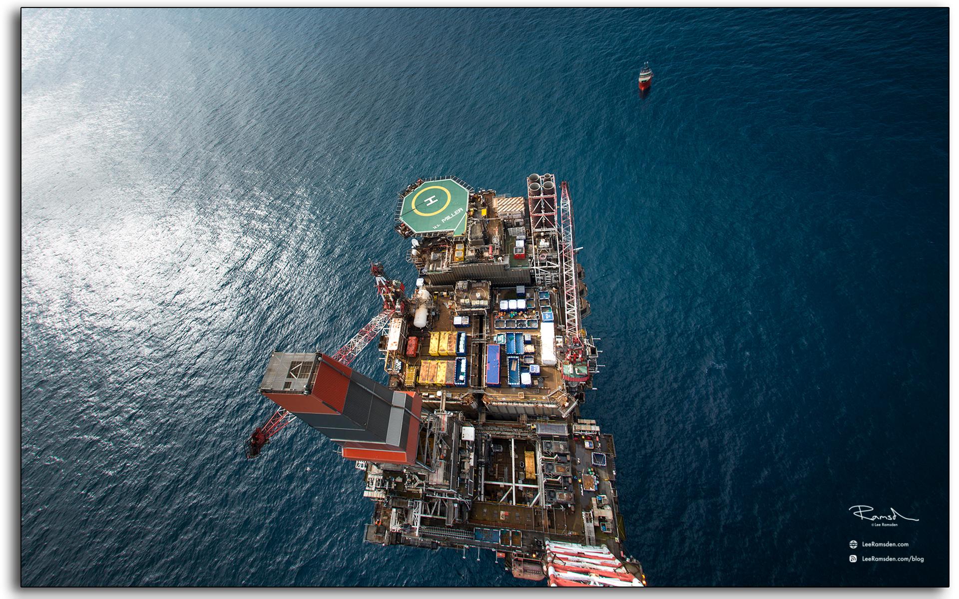 blog, Flare view, heighest point, in the, north sea, 162m, BP Miller, oil, gas, rig, platform, Aberdeen, BP,Petrofac, Saipem, Lee Ramsden industrial photographer