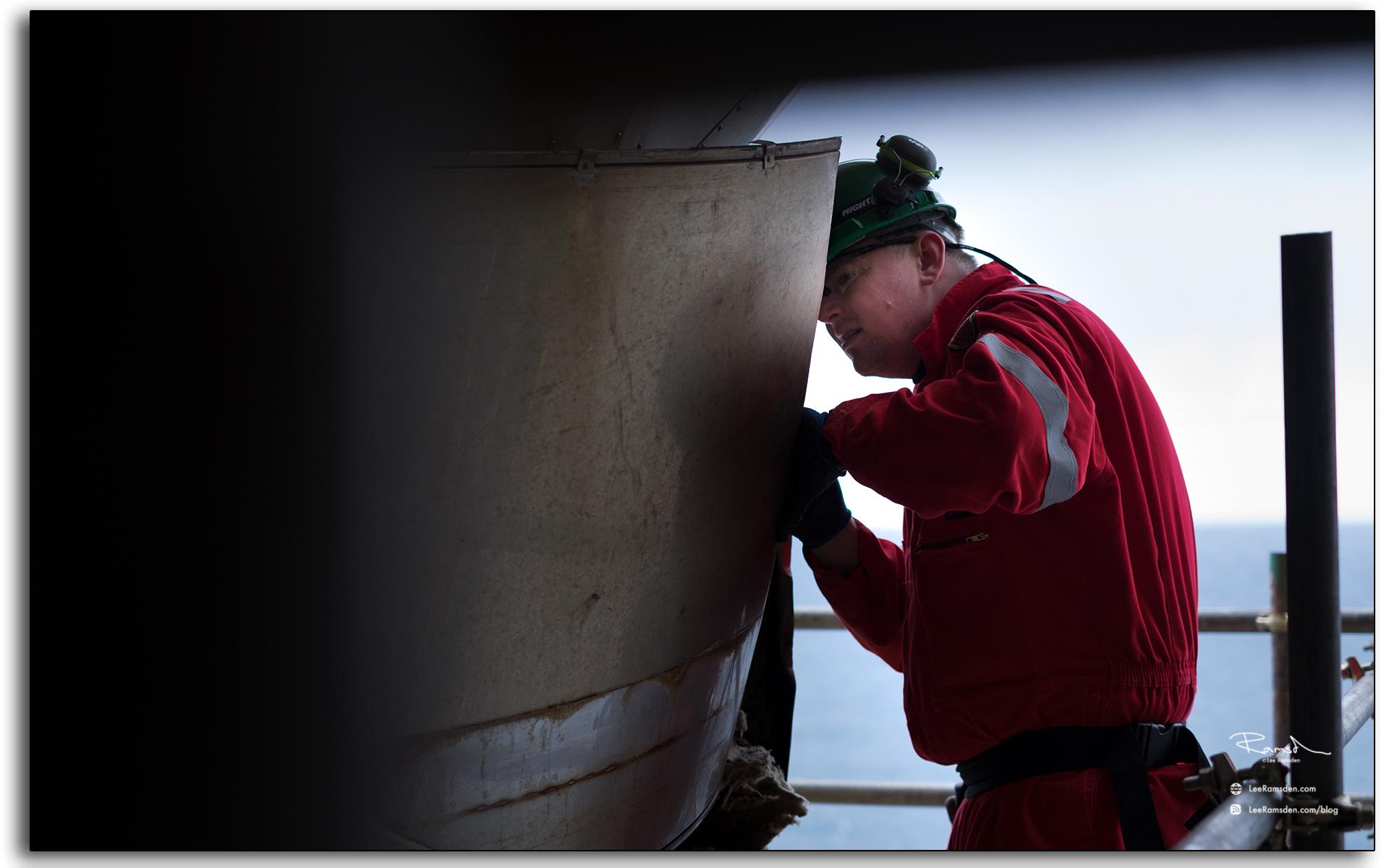 chris boyle, environmentalessentials.co.uk, asbestos specialist, survey, inspection, testing.