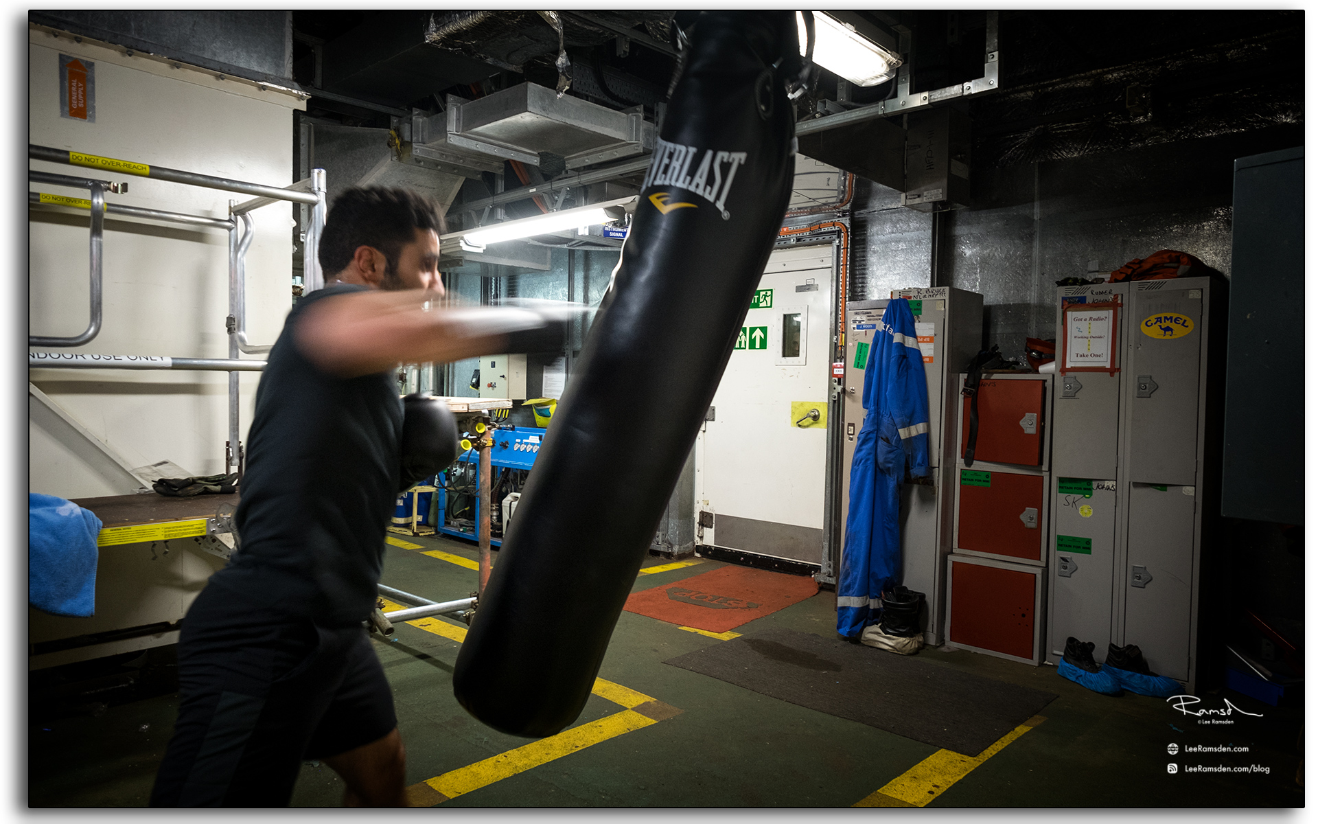 Boxing, Yahia Imam, BP, Petrofac, offshore, fittness, sports, photo taken by, Lee Ramsden.